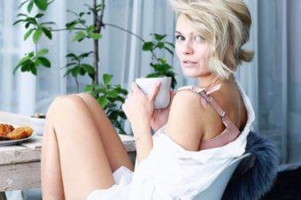 Secrets of Louisa Mazzurana: Blogger, Model & Vigasistin