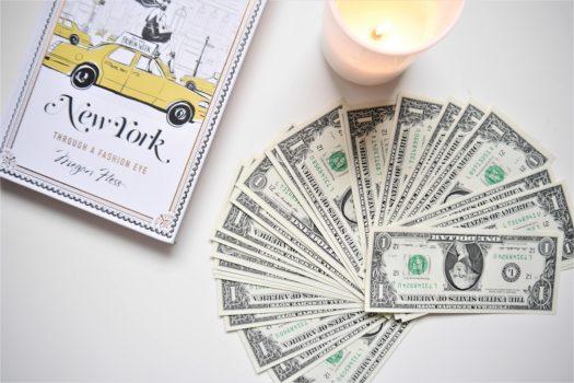 Meine Tipps, wie ich jeden Monat Geld zur Seite lege und warum ich so gut darin bin!
