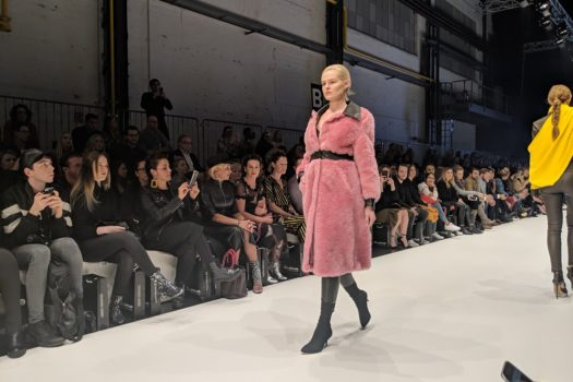 Fashion goes Feminism: FashionYard eröffnet seine Platform Fashion Show mit Powerfrauen